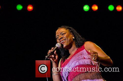 Sharon Jones And The Dap-kings 11