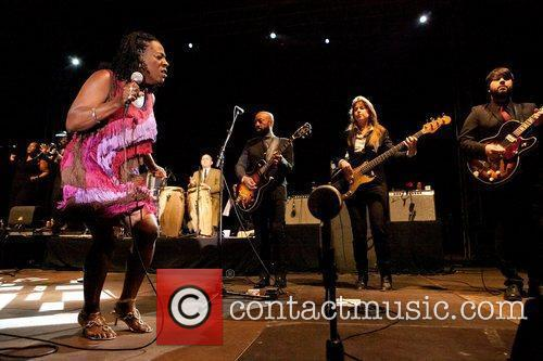 Sharon Jones And The Dap-kings 5