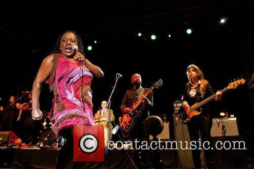 Sharon Jones And The Dap-Kings 15