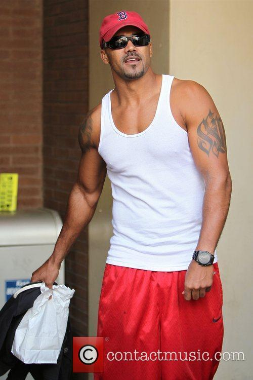 Shemar Moore leaves a medical building in Beverly...