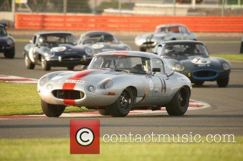 E Type Jaguar race Silverstone Classic 2011 Rocking...