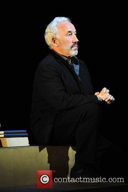simon callow 3408417