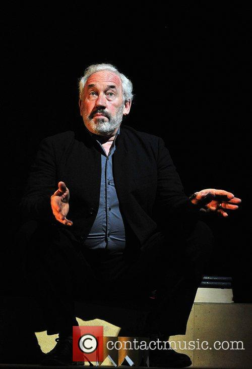 Simon Callow 7