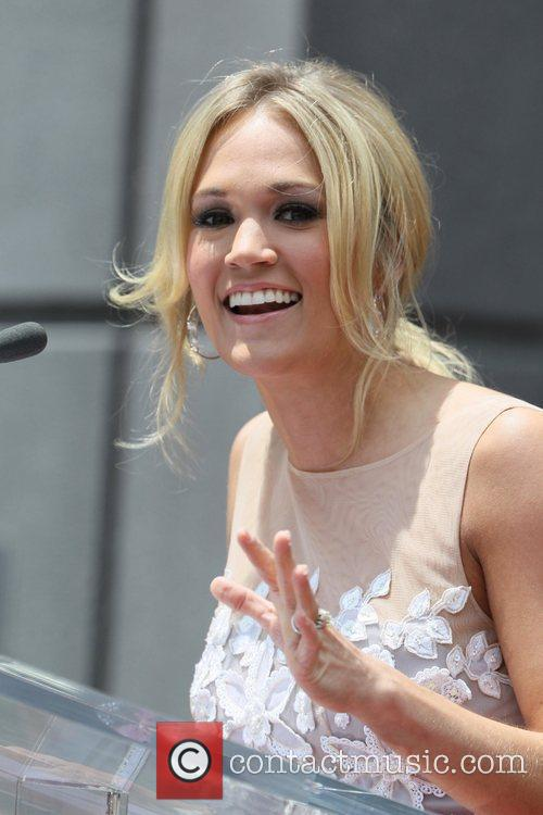 Carrie Underwood Simon Fuller receives a star on...