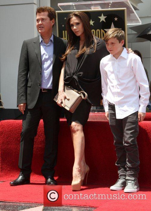Simon Fuller, Brooklyn and Victoria Beckham 1