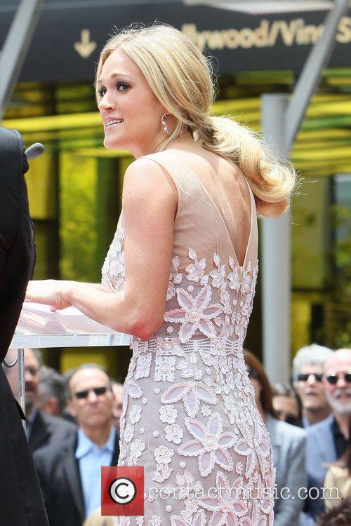 Carrie Underwood 19