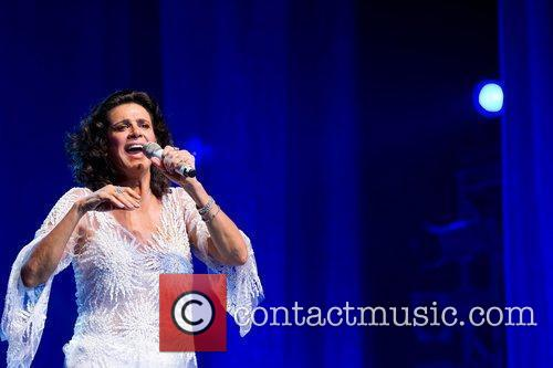 Brazilian romantic singer, Simone, performing live at Coliseu...
