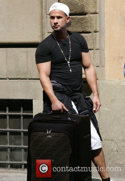 Brings his suitcase full of dirty clothes to...
