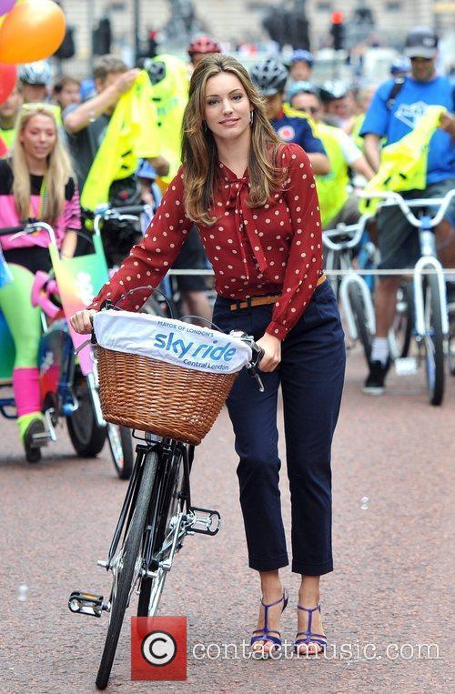Kelly Brook The Mayor of London's Sky Ride...