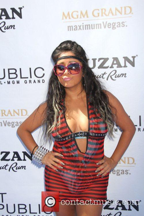 Nicole Polizzi, Las Vegas and Mgm 7