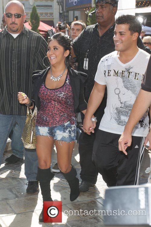 Nicole Polizzi and Mario Lopez 9