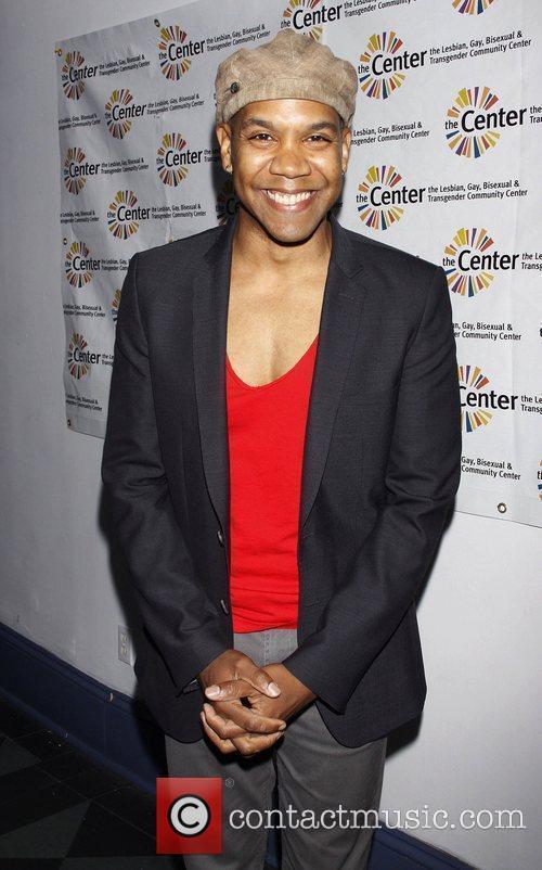 Darius de Haas Neal B. presents 'Broadway Sings...