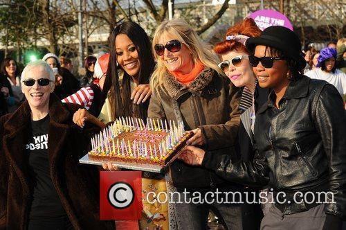 Annie Lennox, VV Brown, Gaby Roslin, Paloma Faith...