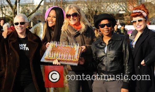 Annie Lennox, VV Brown, Gabby Roslin, Speech Dabelle...
