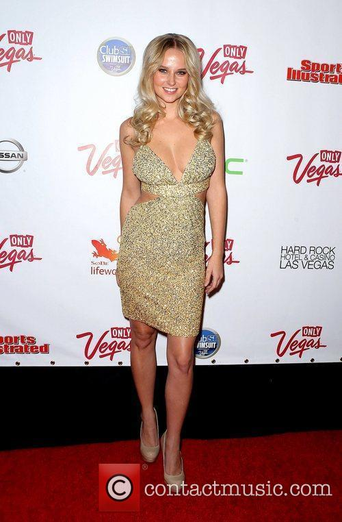 Genevieve Morton and Las Vegas 5