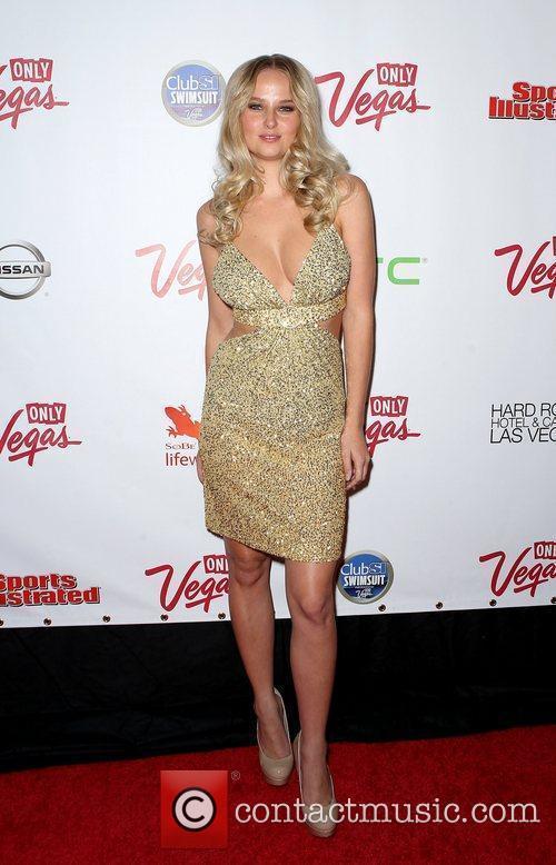 Genevieve Morton and Las Vegas 12