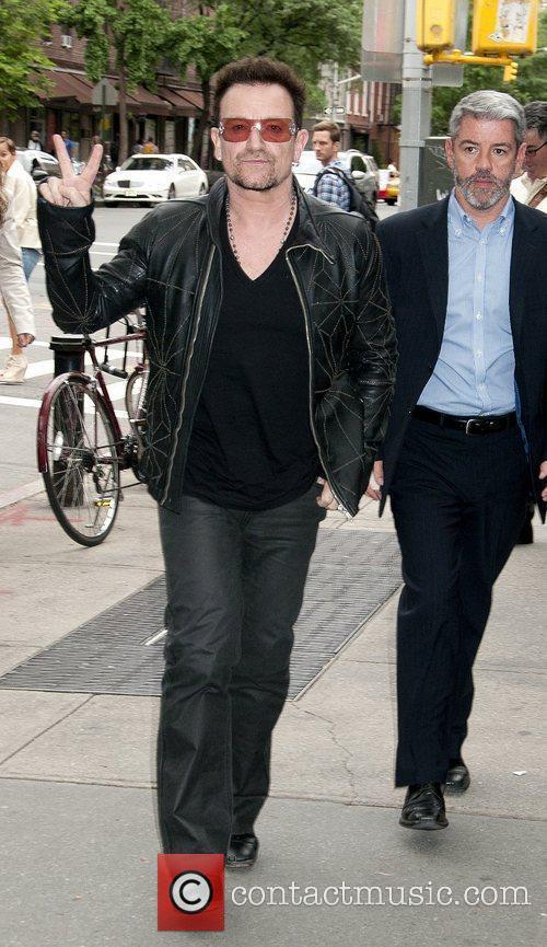 Bono Stella MCCartney Spring 2012 Presentation – Outside...