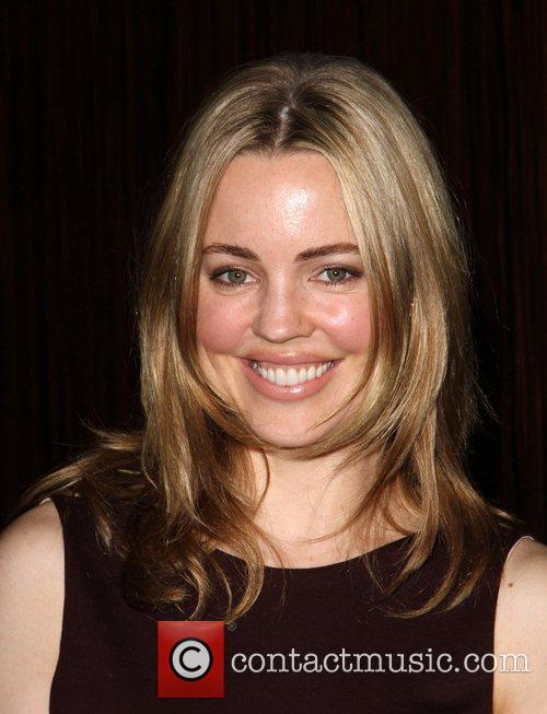 Melissa George and Beverly Hilton Hotel 1