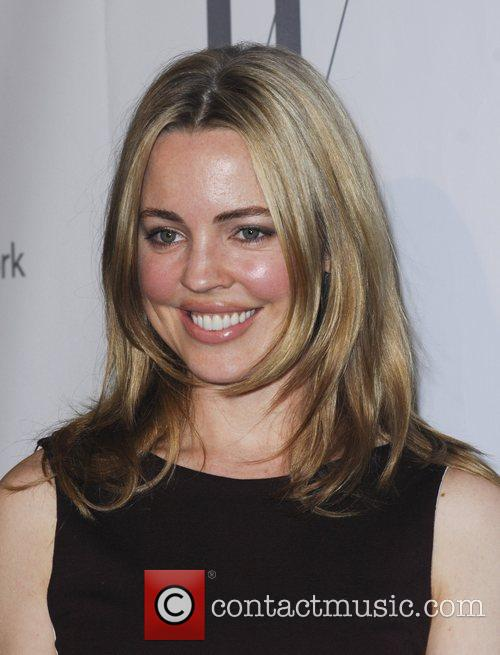 Melissa George and Beverly Hilton Hotel 10