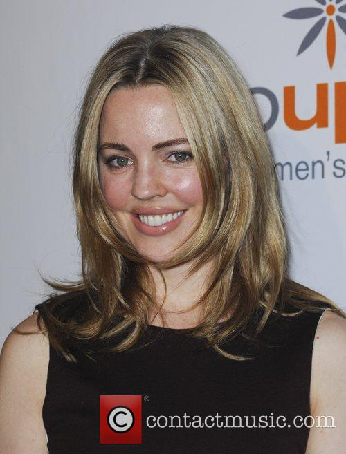 Melissa George and Beverly Hilton Hotel 9