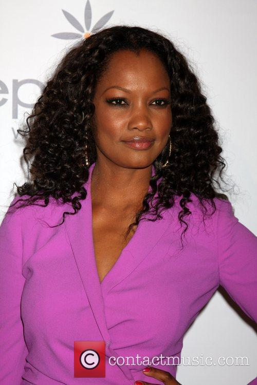 Garcelle Beauvais-Nilon and Beverly Hilton Hotel 9