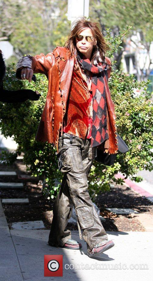 Steven Tyler leaves Urth Cafe after having lunch...