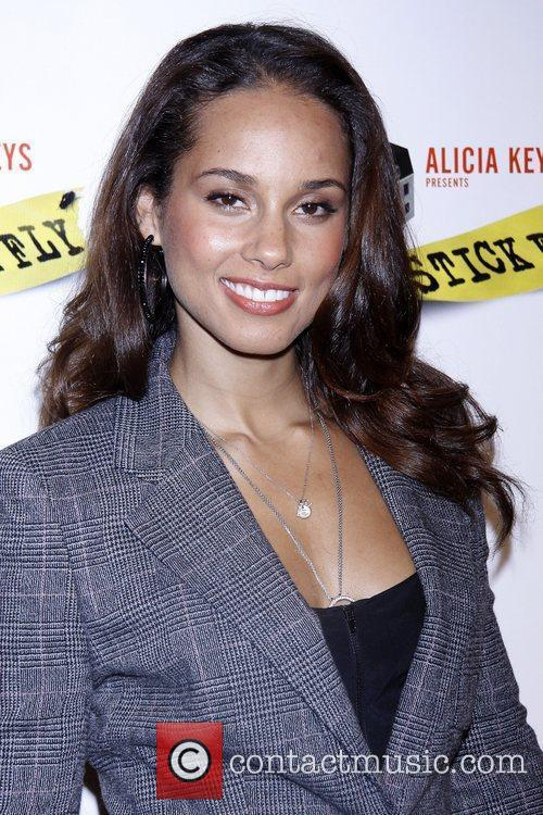 Alicia Keys and Times Square 9