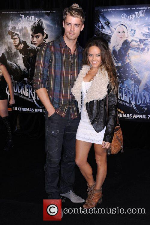 Luke Mitchell And Rebecca Breeds 4