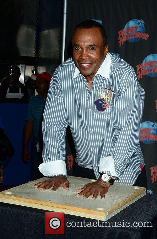 Sugar Ray Leonard, The Ring, Planet Hollywood and Times Square 3