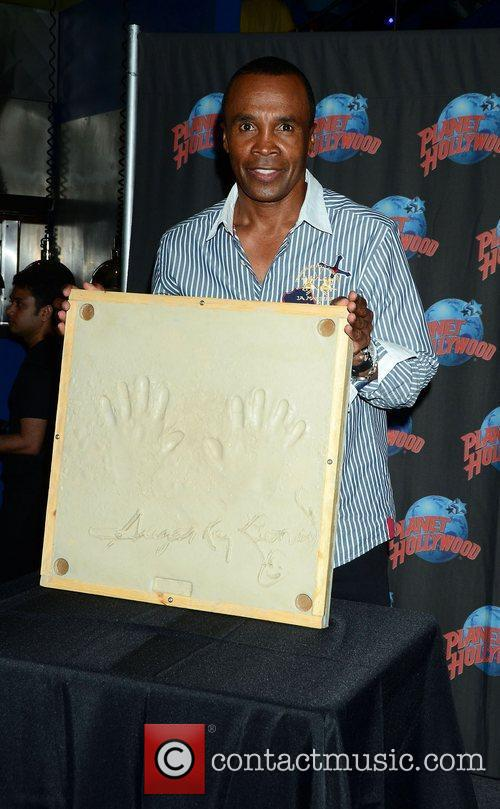 Sugar Ray Leonard, The Ring, Planet Hollywood and Times Square 5