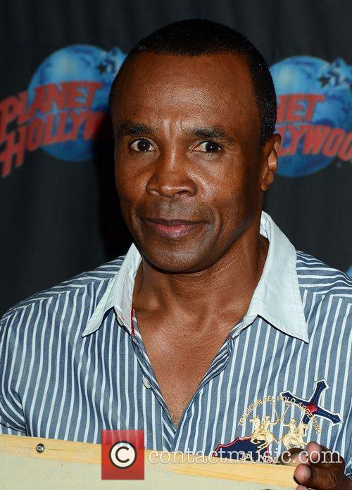Sugar Ray Leonard, The Ring, Planet Hollywood and Times Square 7