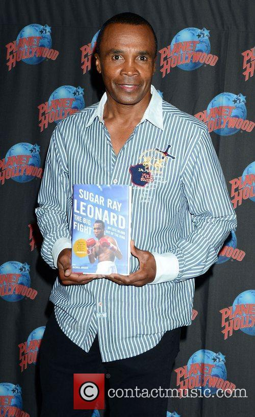 Sugar Ray Leonard, The Ring, Planet Hollywood and Times Square 8