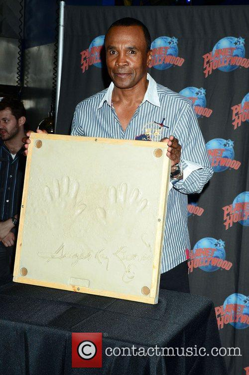 Sugar Ray Leonard, The Ring, Planet Hollywood and Times Square 11