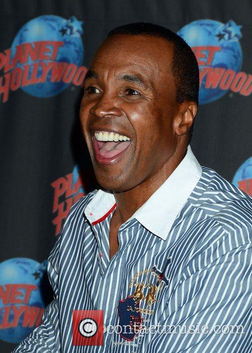 Sugar Ray Leonard, The Ring, Planet Hollywood and Times Square 10