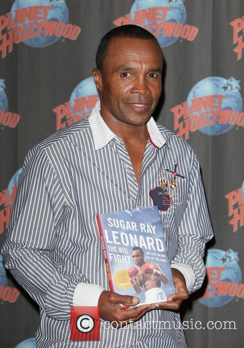 Sugar Ray Leonard, The Ring, Planet Hollywood and Times Square 1