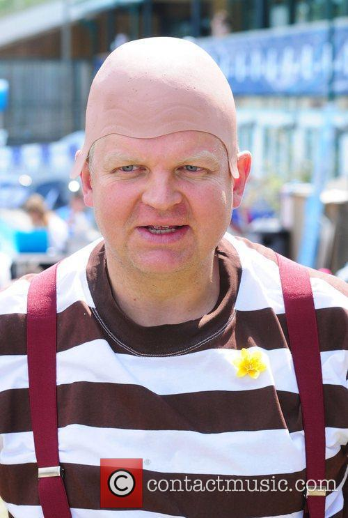 Adrian Chiles 7