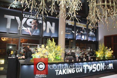 Atmosphere Animal planet presents Taking on Tyson Premiere...