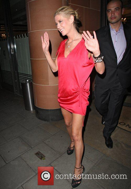 Tara Reid leaving C Restaurant London in a...