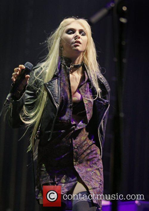 Taylor Momsen, The Pretty Reckless, Manchester Apollo