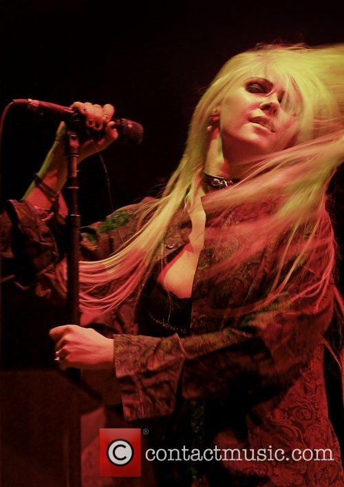 Taylor Momsen, The Pretty Reckless and Manchester Apollo 1