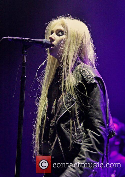 Taylor Momsen, The Pretty Reckless and Manchester Apollo 7