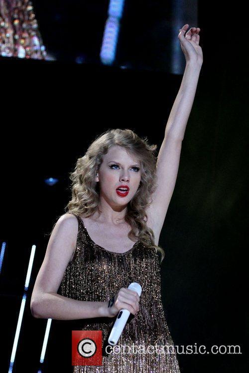 Taylor Swift 59