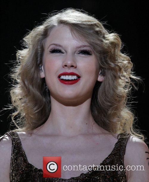 Taylor Swift 53