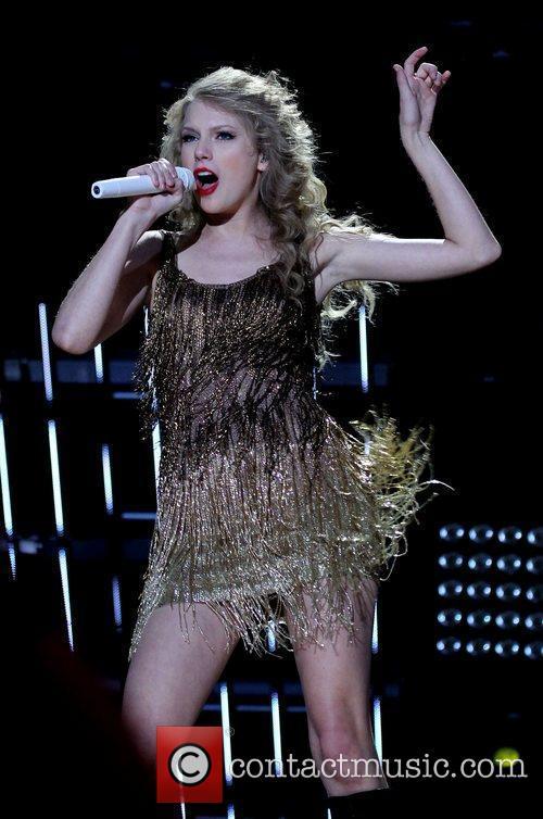 Taylor Swift 48