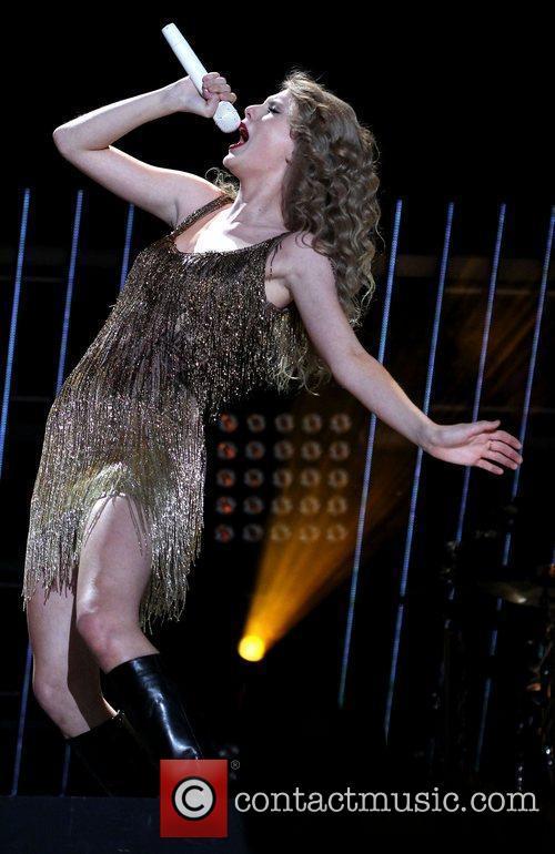 Taylor Swift 61