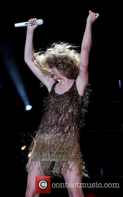 Taylor Swift 57