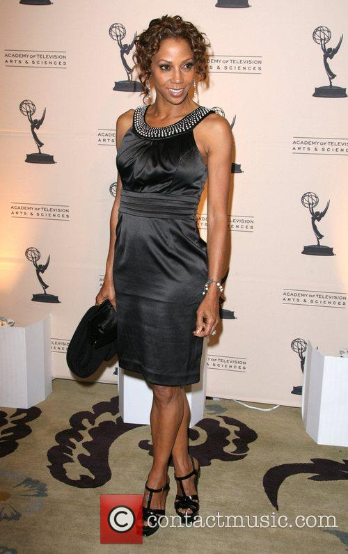 Holly Robinson Peete 9