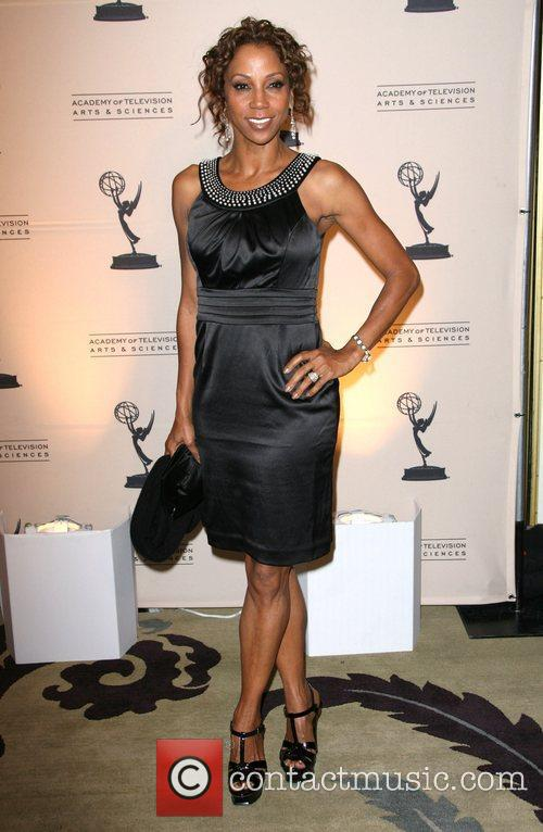 holly robinson peete 3327754