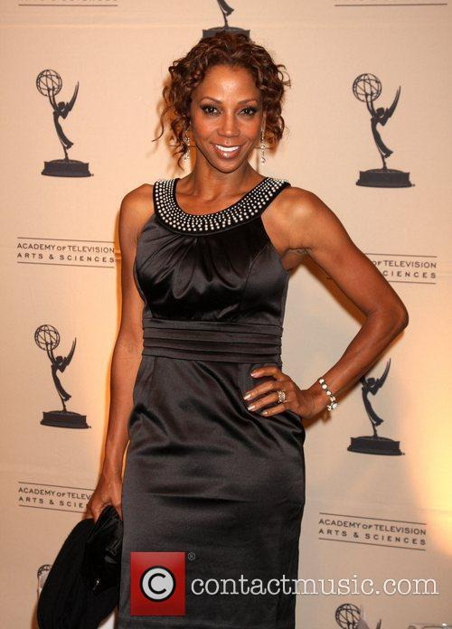 Holly Robinson Peete 11