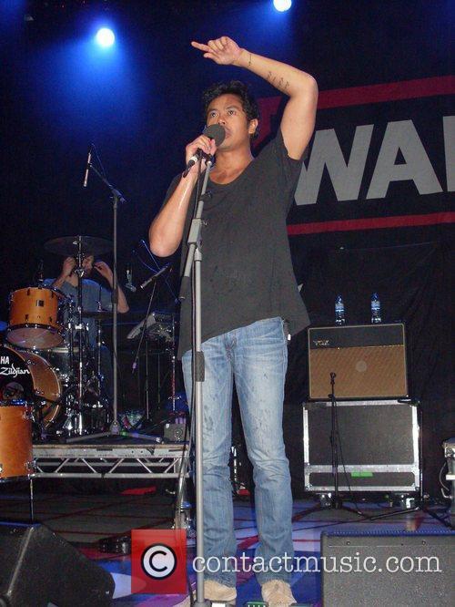 Doug Mandagi of The Temper Trap performing at...